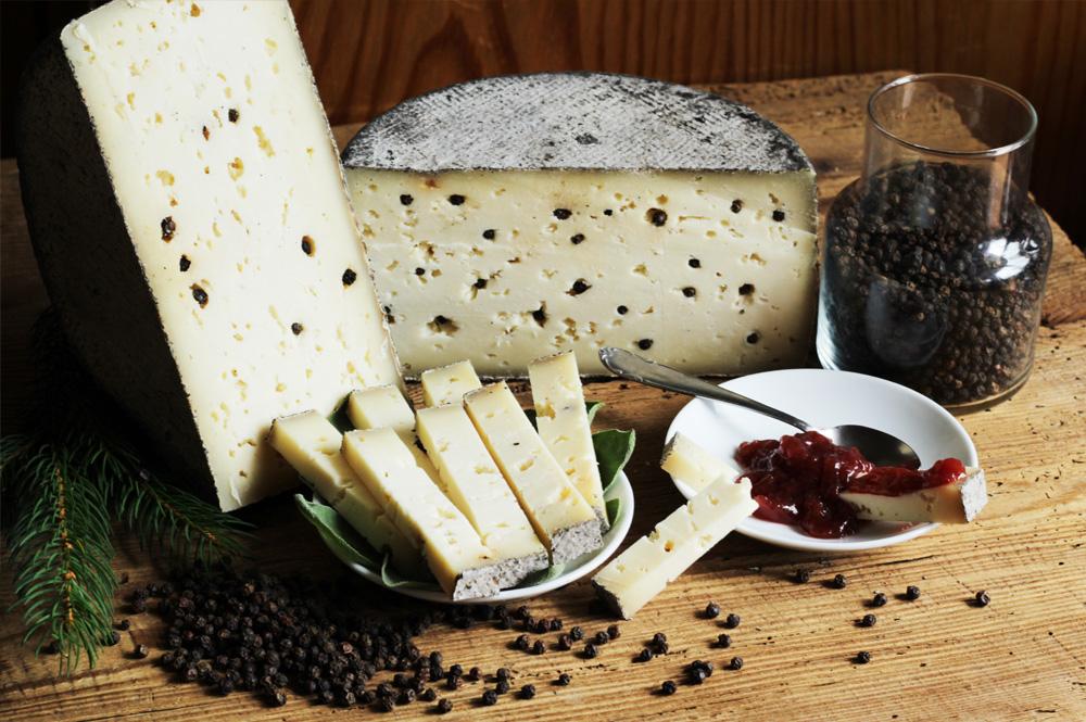 Il formaggio nero della nona